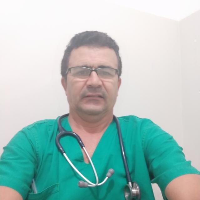 Dr. Deraldo Coutinho <br> Aluno de Medicina do Trabalho e Ultrassonografia