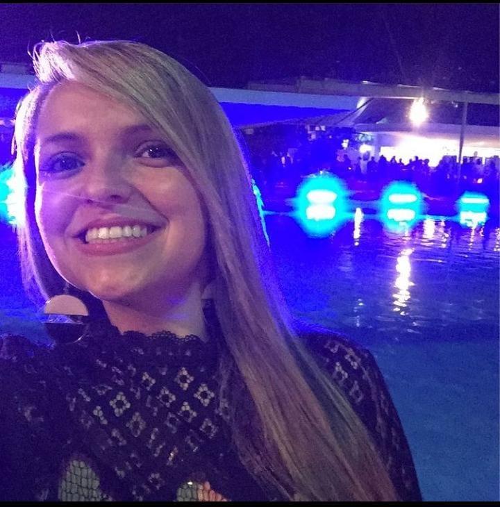 Dra Maressa Fraga <br> Aluna de Dermatologia